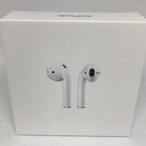 NWT Apple AirPods with Charging Case (2nd Gen)